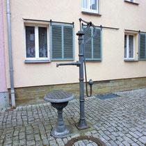 Pumpbrunnen in der Burggasse
