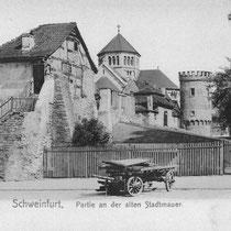 Partie an der westl. Stadtmauer (heute Kaufhof) um 1903 - man beachte den kurzen Turm der Heilig-Geist-Kirche -  - Danke an Michael Kupfer