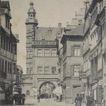 Blick aus der Spitalstrasse aufs Rathaus um 1900