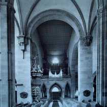 Mittelschiff mit Orgel 1951