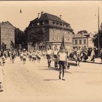 Aufmarsch des Ruderclubs in Schweinfurt 1920er?