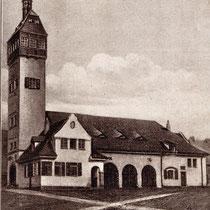 Das Zentralfeuerwehrhaus neben dem Zeughaus in den 1930er-Jahren