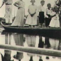 Im Boot auf dem Main mit Bademeister Johann Adam Weigand (1899-1976) Danke an Frederick Miller