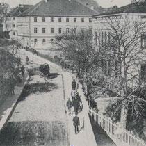 Blick von der Mainbrücke in die Brückenstrasse 1898