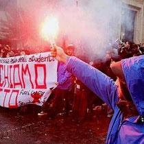 Italiens studenterbevægelse planlægger nye aktioner efter Berlusconi-regeringens vedtagelse af omfattende neoliberale forringelser af uddannelserne