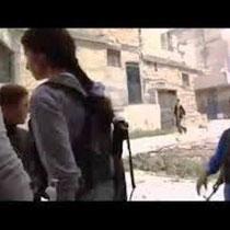 Kurdisk fighter i Aleppos bydel Sheikh Maqsood