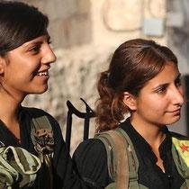 Kurdiske fighter i Aleppos bydel Sheikh Maqsood