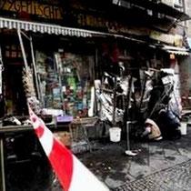 """Infoladen """"M99"""" i Berlin efter brandanslaget"""