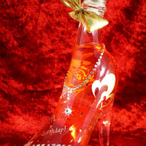 ガラスの靴 シンデレラ 名前  ロゴ オリジナル シャンパン ノベルティ  ワイン ボトル 世界で1つ オーダーメイド 格安 製作 プレゼント 東京 スワロ おしゃれ 酒 オーダー