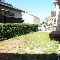 施工前。お庭に芝生を貼りたいが、お手入れに不安をもっておられました。