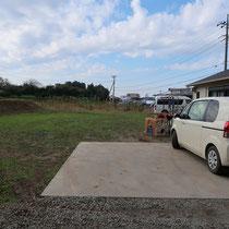 既存の駐車場、ここに自動車を置いてしまうと送迎車両の切り返しに支障が出るため、いつも開放された場所になっていました。