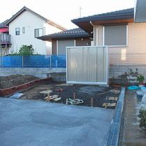 コンクリート打設完了。自転車置場はお客様による設置を予定しています。