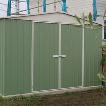 EEplanの物置が完成!見た目も可愛くお庭の隅におけば絵になりますね。