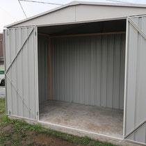 大容量の広さ、大きな開口で収納力も抜群です。日本仕様の補強材も入っています。