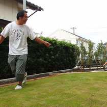念願の芝生のお庭が完成、ご家族の団欒が楽しめる場所になれば幸いです。
