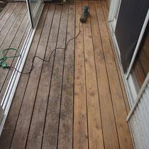 まずはデッキ床面の研磨作業からスタート。電動サンダーをつかっても時間のかかる地道な作業です。