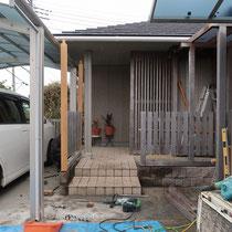 まずは既存フェンスを一部解体し、交換する部材から着手していきます。