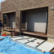 縁台部分が完成、これから下のデッキを作ります。