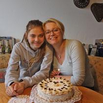 Linz 2015, Monika und Petra beim Geburtstag