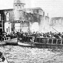Civils cherchant à fuir Smyrne
