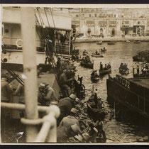 Débarquement de troupes françaises à Thessalonique (1915)
