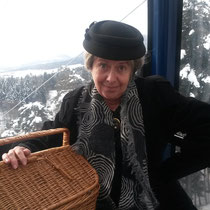 Komiker Gottfried und Elise aus dem Emmental, Kanton Bern, aus unserem Komikerprogramm, ir nöie Seilbahn uf e Wyssestei Jänner 2015