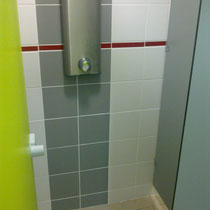 lot et bastides  shower