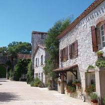 pujols rues medievales