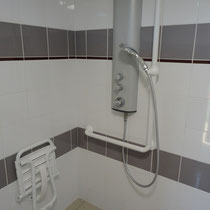 lot et bastides disabled shower2018
