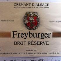 Viticulteur ,devant chez qui je peignais à Wettolsheim, et qui m'a invité à boire l'apéro,au vin d'Alsace bien sûr !