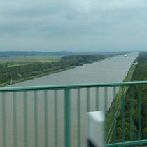 Der NOK von der Brücke