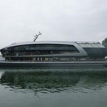 Superneues Schiff am Bregenzer Ufer