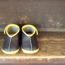 baby moccasin 13cm / navy x yellow