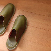 roomshoes#1 / olive