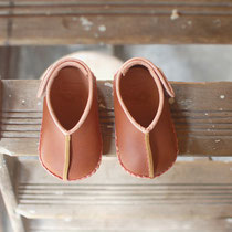 baby moccasin 13cm / camel x pink