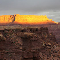 white rim road (canyonlands)