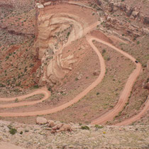 serpentinenreicher shafer trail (canyonlands)