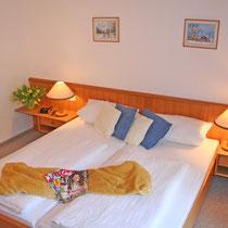 Schlafzimmer in Ferienwohnung 2 + 3