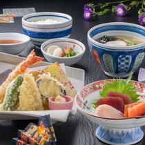 ゆうげ膳 1400円(+税)(天ぷら・海老焼売・刺身・唐揚げ・エビヒレカツ・ヒレカツ玉子とじ)の中から2品選べます。