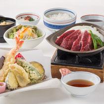 天ぷらとステーキ膳 1800円(+税)