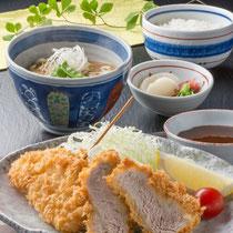カレーうどんセット 1280円(+税)