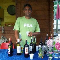 Massimo alla distribuzione del vino
