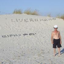 Remo Monti sulle dune della Sardegna