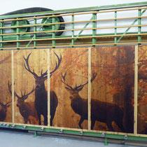 Rückwand für Schlafzimmer aus bedrucktem Holz