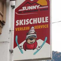Leuchtkasten Skischule Finkenberg