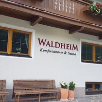 Hausbeschriftung Pension Waldheim in Tux