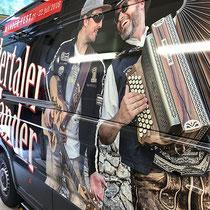 Beschriftung Tourbus Zillertaler Mander