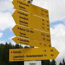 Wanderwegsbeschilderung Tourismusverband Tux, Tirol