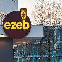 """Leuchtschilder und -schrift für EZEB, """"Drive-in"""" Schwaz"""