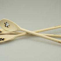 Schöne Werbegeschenke: Kochlöffel aus Holz mit Logogravur